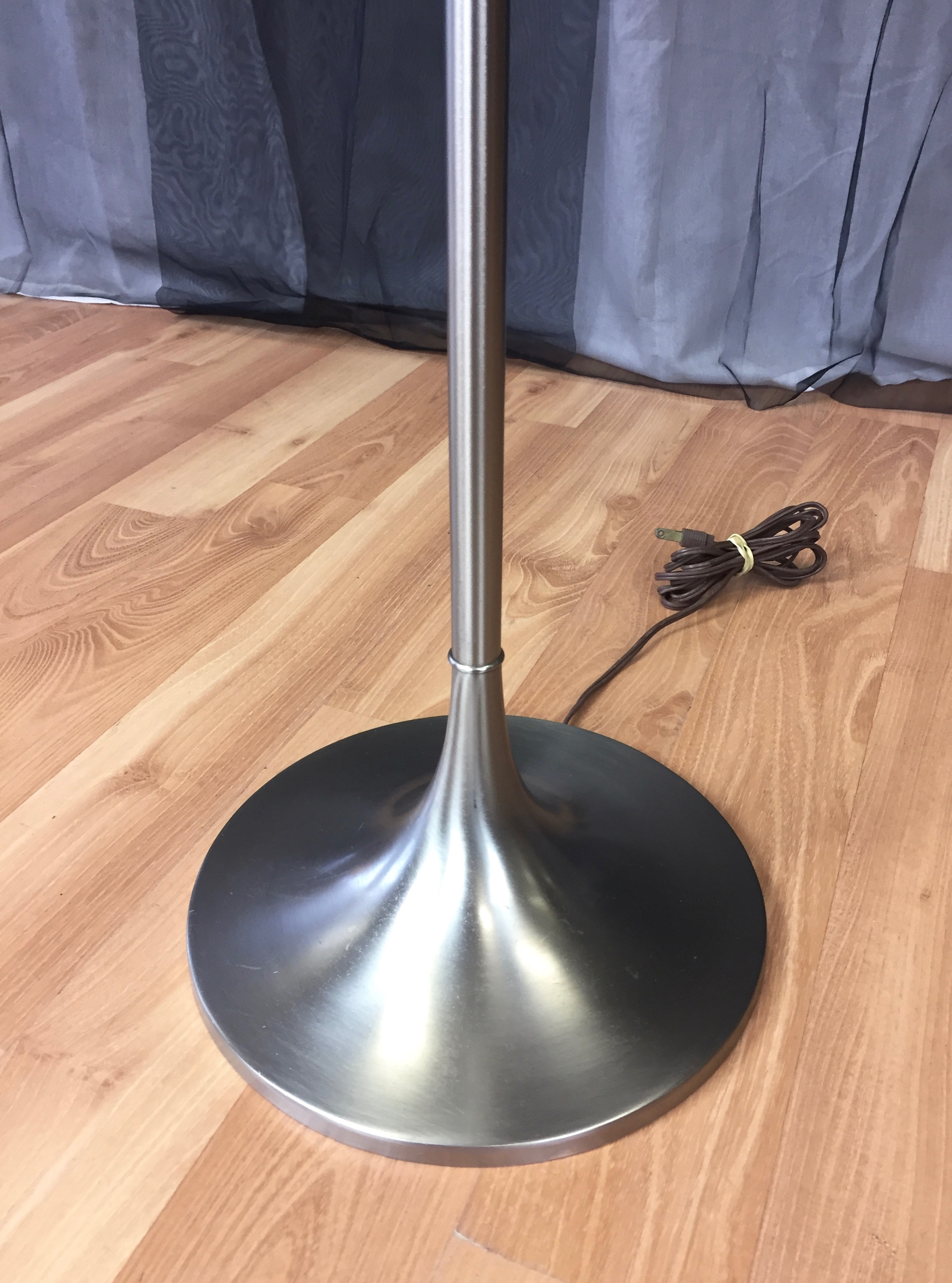 Iconic Laurel Tulip Base Floor Lamp With Floating Glass