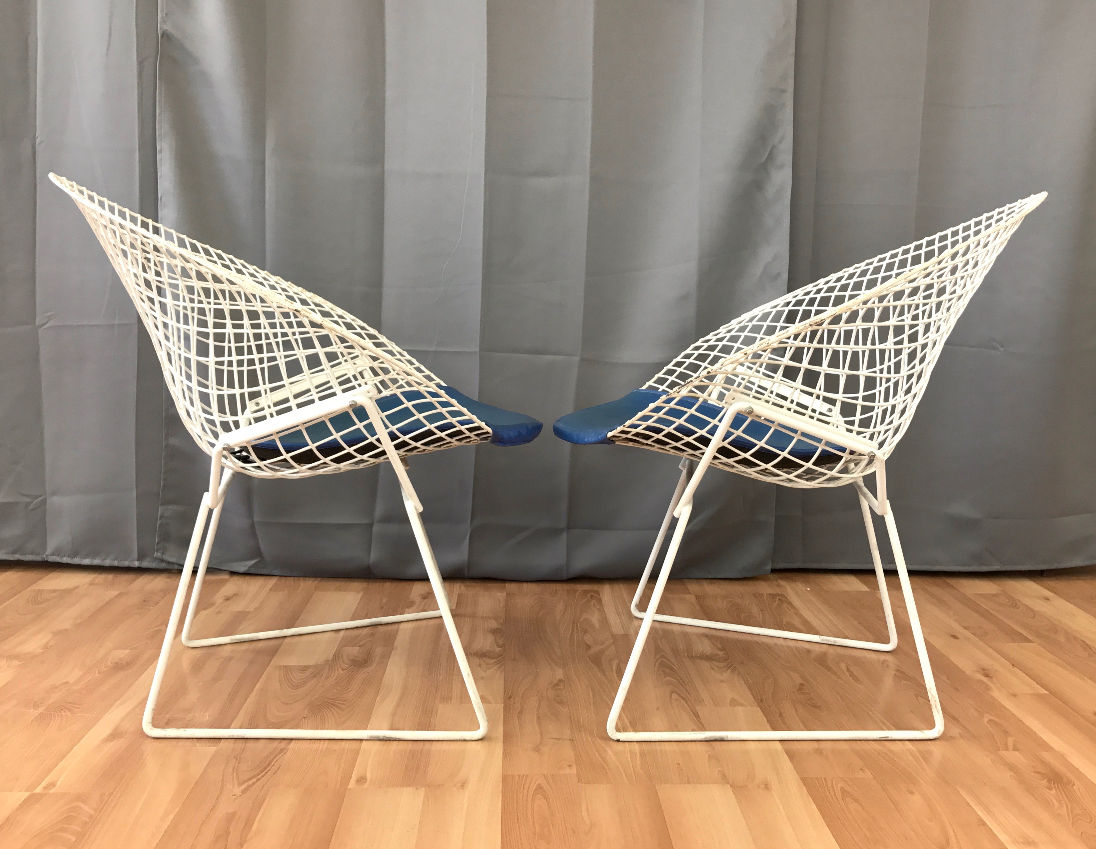 Pair Of Vintage Harry Bertoia Diamond Chairs For Knoll